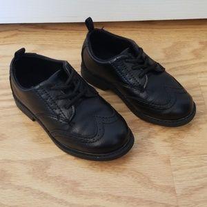 Carter's dress shoe